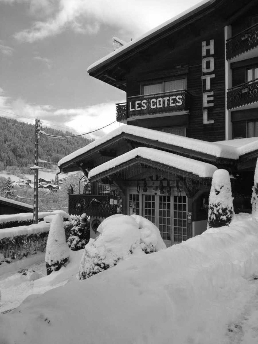 Have you visited the Facebook page of Les Côtes?
